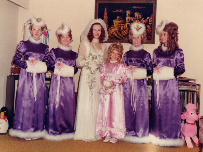 Strange Vintage Bridesmaids Dresses That Show How Much Fashion Has Changed